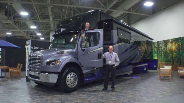 What is a Super C RV?