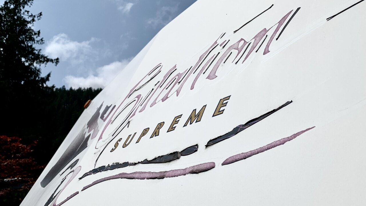 How to Remove RV Decals Yourself